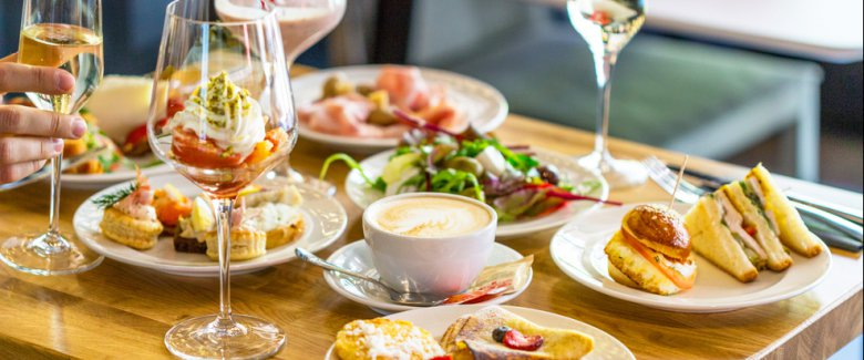 /pictures/2019/05/31/il-brunch-in-casa-tante-ricette-e-idee-2385600420[989]x[413]780x325.jpeg